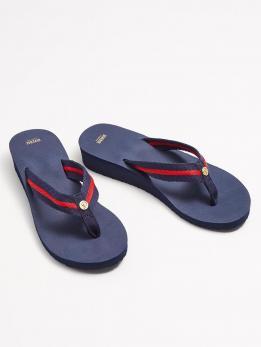 Взуття жіноче LAURI II