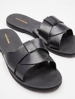 Взуття жіноче KATHI